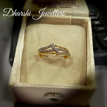 22K Gold Diamond Ring by