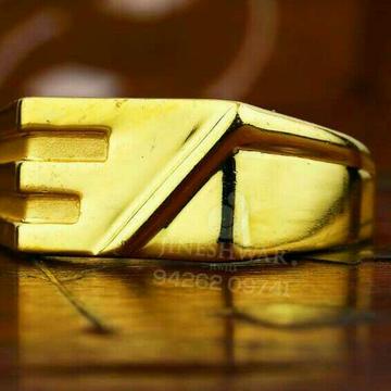 Designer Gold Gents Ring