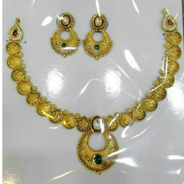 916 Gold Antique Jadtar Ladies Necklace Set