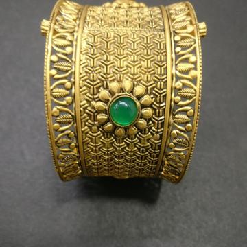 916 Gold Antique Bridal Bangles kG-B082 by Kundan