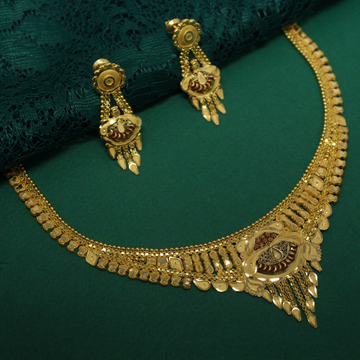 22k Hallmarked Classic Necklace With Beautiful Ear... by Simandhar Jewellers