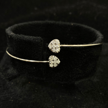 Delicate Heart Shape Diamond Bracelet by