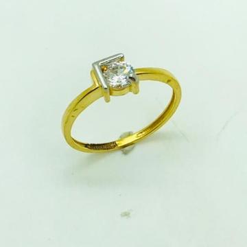 Gold ring diamond design by