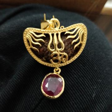 Rudraksha 916 gold pendant