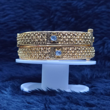 22kt/916 yellow gold imson bangles for women