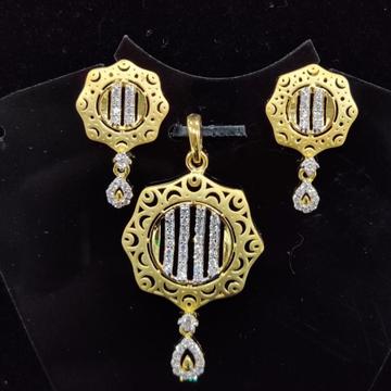 916 Gold 22kt Diamond  Pendal Butti Set RH-PSET02