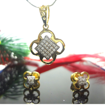 916 gOLD cZ dIAMOND PENDENT SET