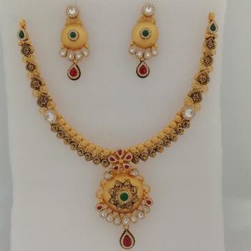 916 gold fancy sawaroxy zinkoriya dimond and antique jadtar short set by Vinayak Gold