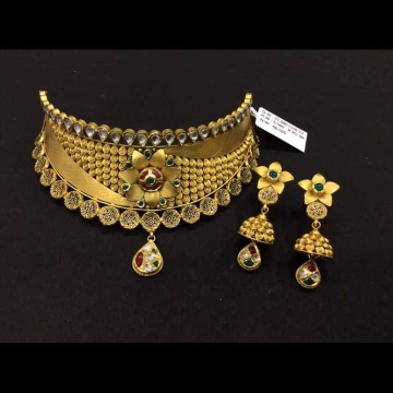 22 K Gold Fancy Choker Set. NJ-N01140