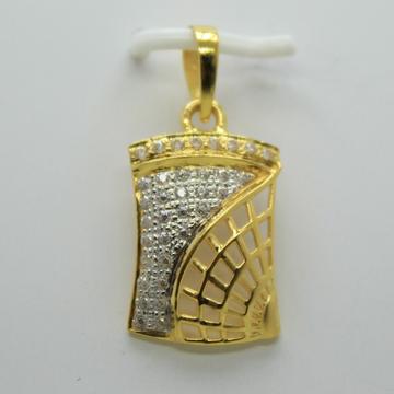 22k chain pendant