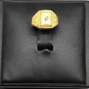 18Kt gold designer ring for gents dj-r002