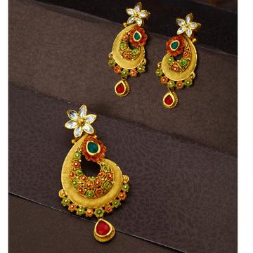 916 Gold Antique Design Hallmark Pendant Set