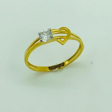 gold ring hart design by