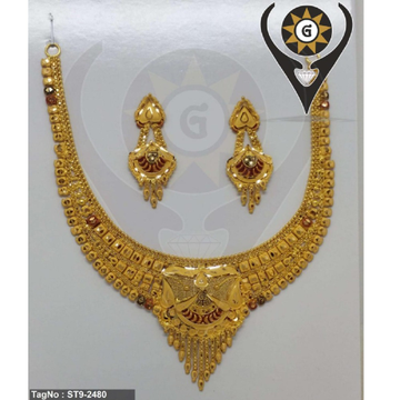 22KT Gold Heavy Bridal Necklace Set  by Parshwa Jewellers