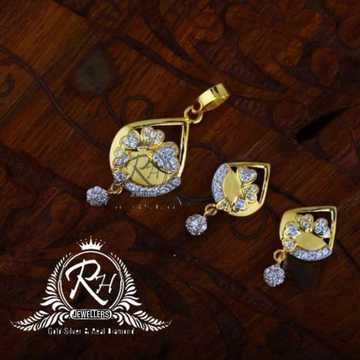 22 carat gold fancy mangalshutra set RH-MS847
