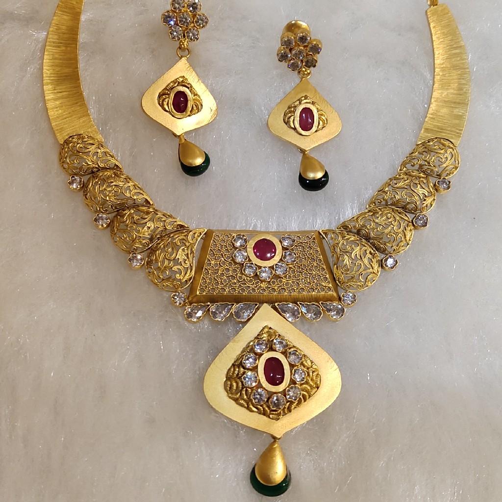 Antique necklaces set