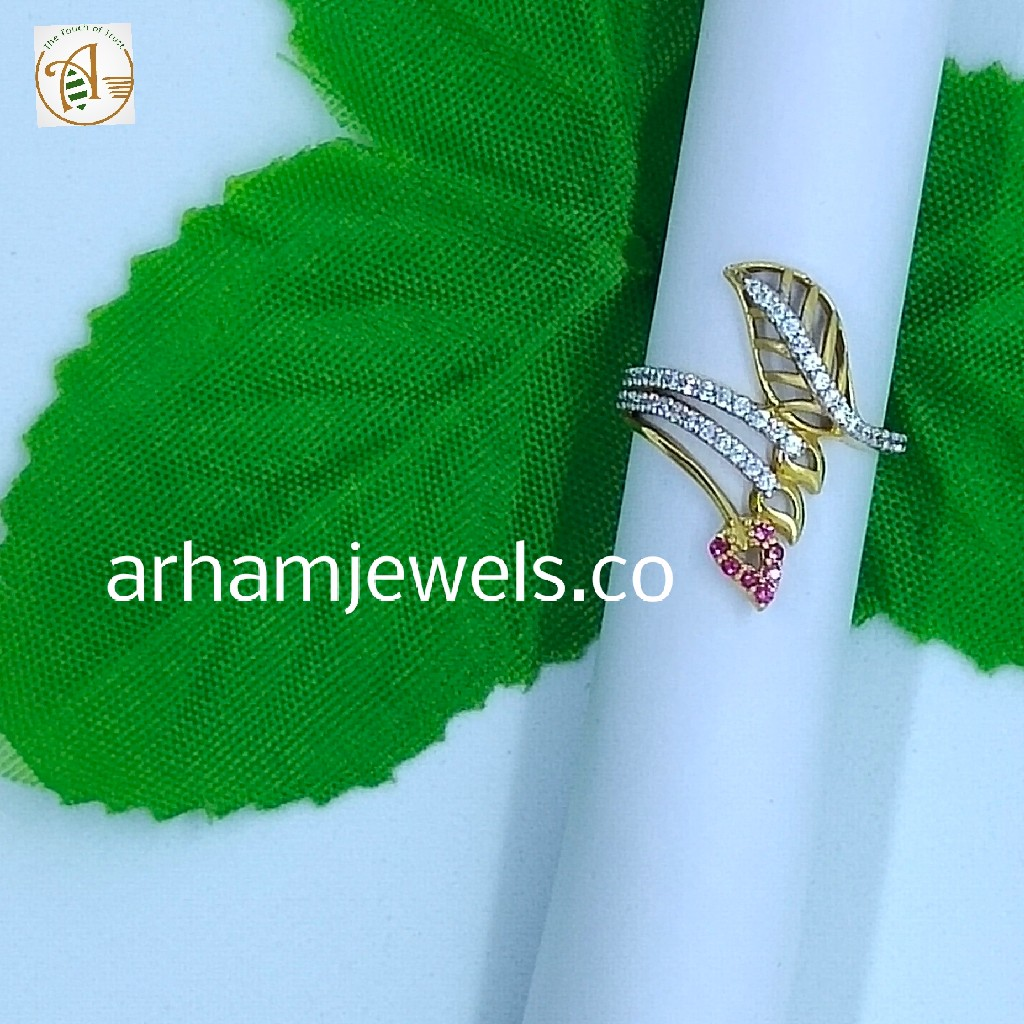 Ladies fancy gold ring RGG0119
