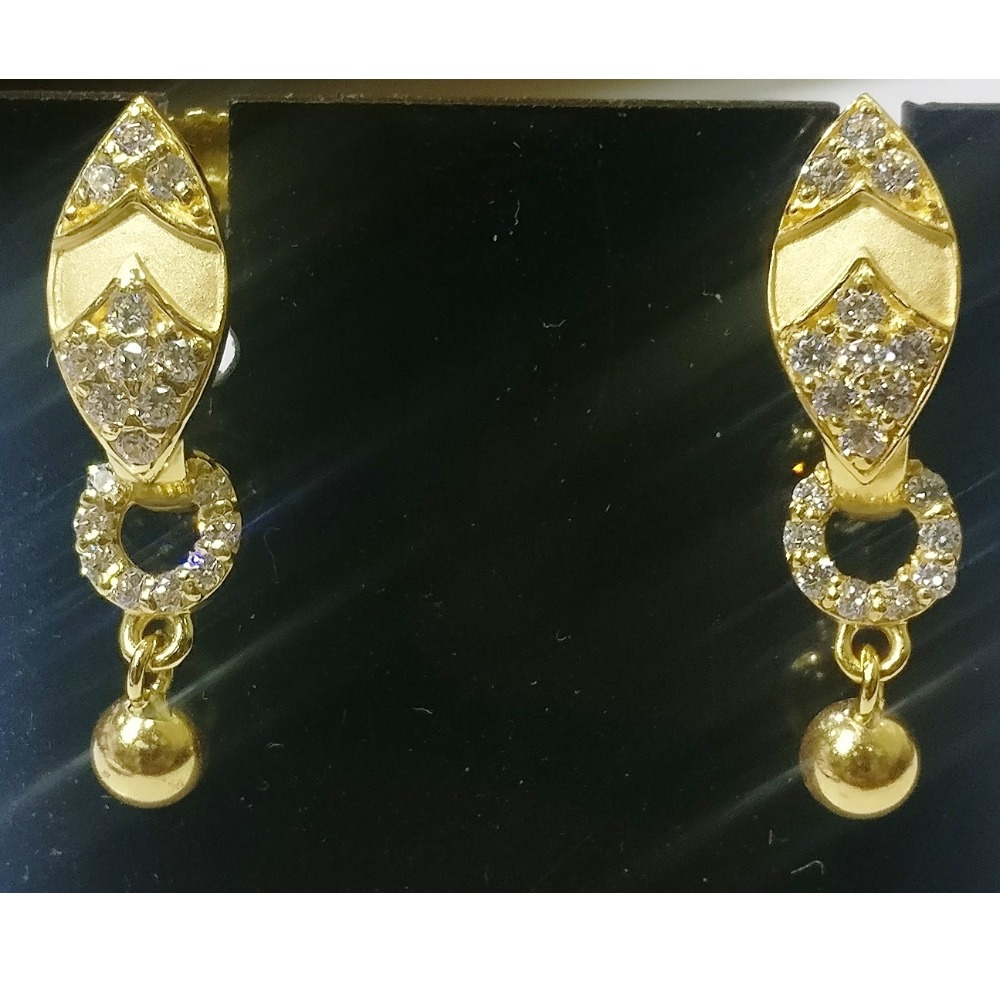 22kt gold cz casting j type stud earrings