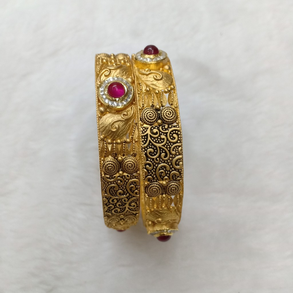 antique jadau bangle