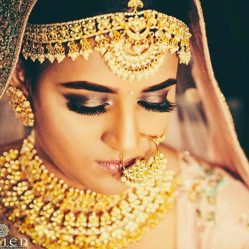 Beautiful Matha Patti 001