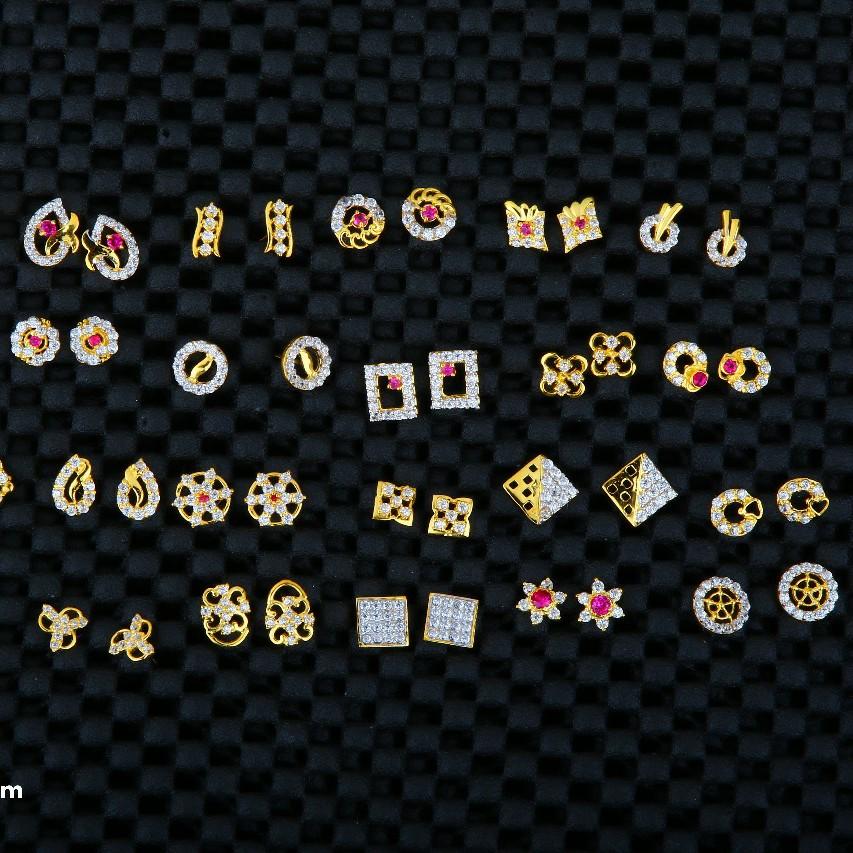 17 kt kids earrings light weight design