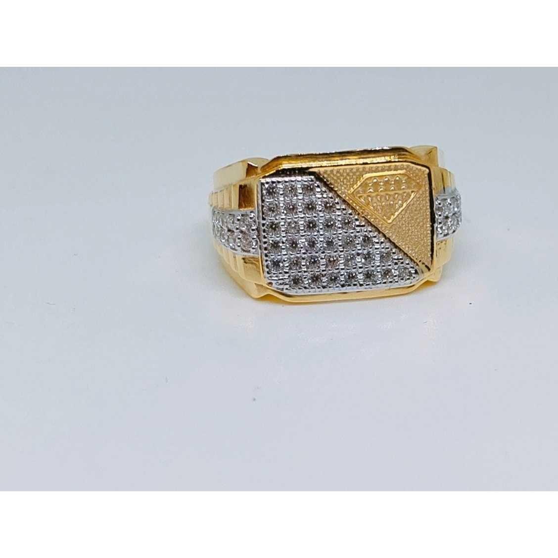 916 Gents Fancy Gold Ring Gr-28645