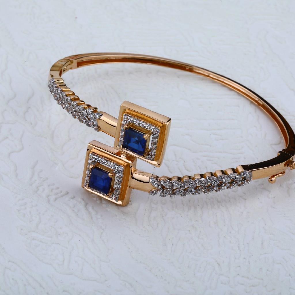 Gold Ladies Bracelet-RLKB54
