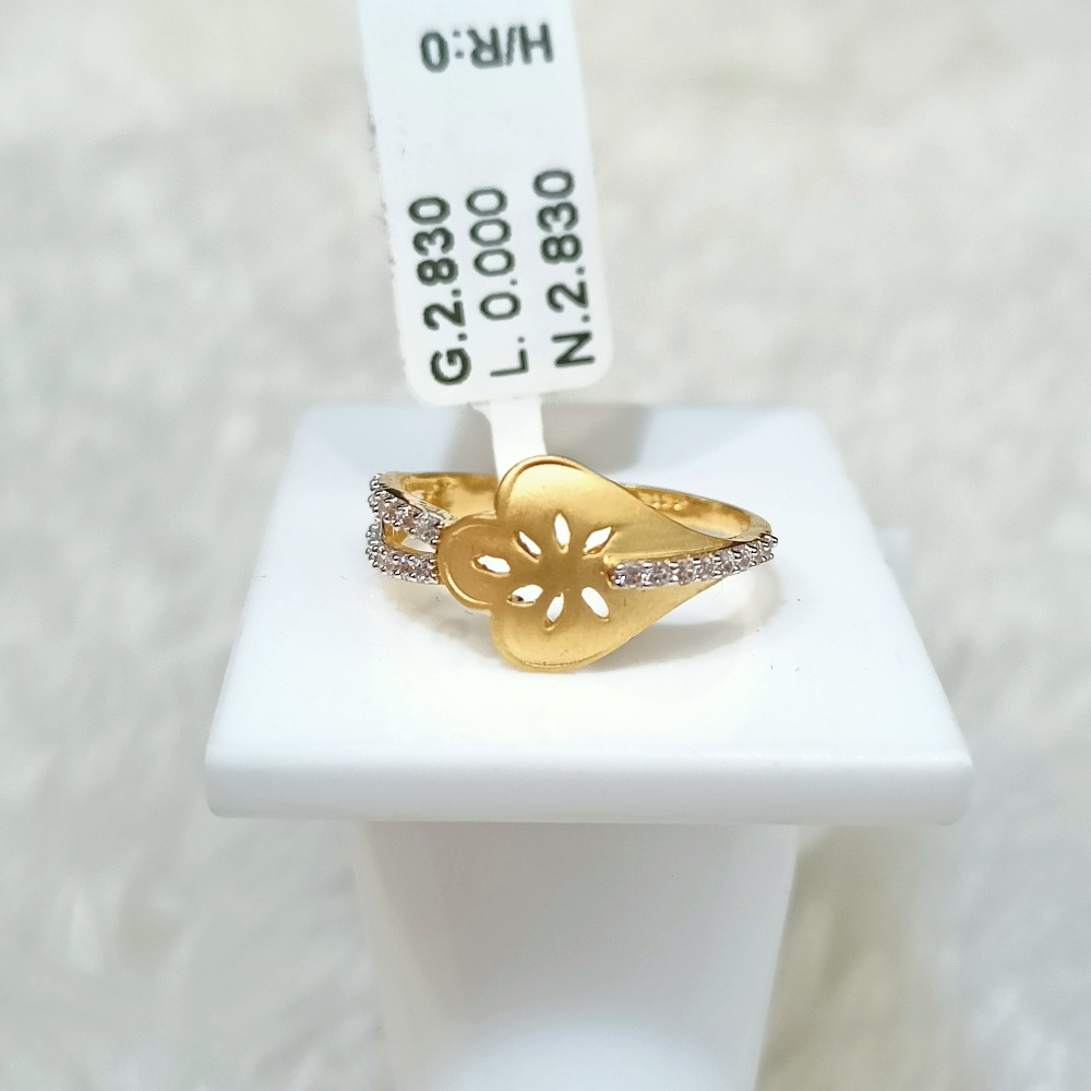 22 KT PETAL DESIGN RING