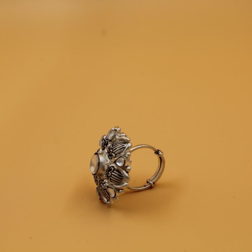 92.5 SILVER STERLING RING SL R041