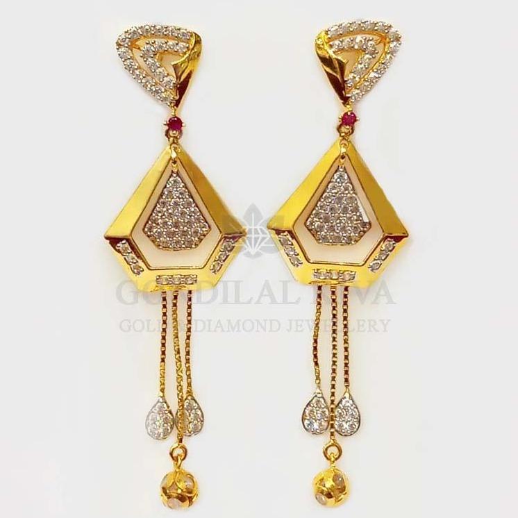18 kt gold earrings gft425