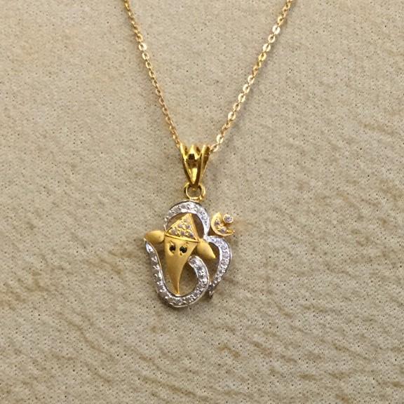 22KT Gold CZ Ganesha Pendant Chain