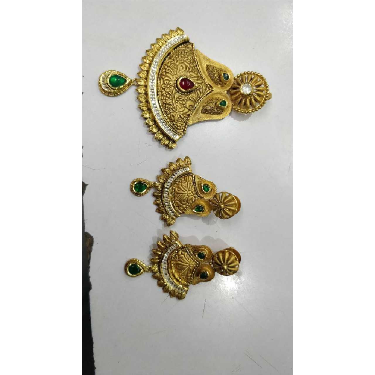 22K / 916 Gold Antique Single Naka Pendant Set