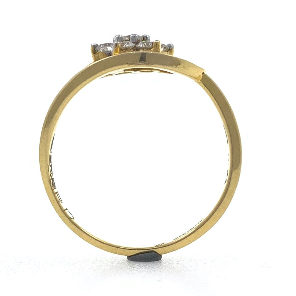 18kt / 750 yellow gold flower diamond ladies ring 9lr29