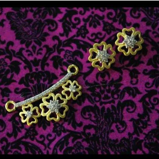 22 K Gold Fancy Pendant Set. nj-p01162
