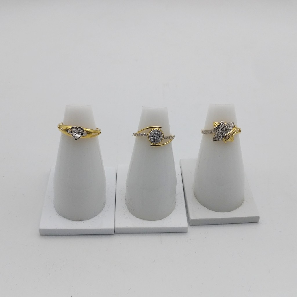 916 ring hallmark c.z design
