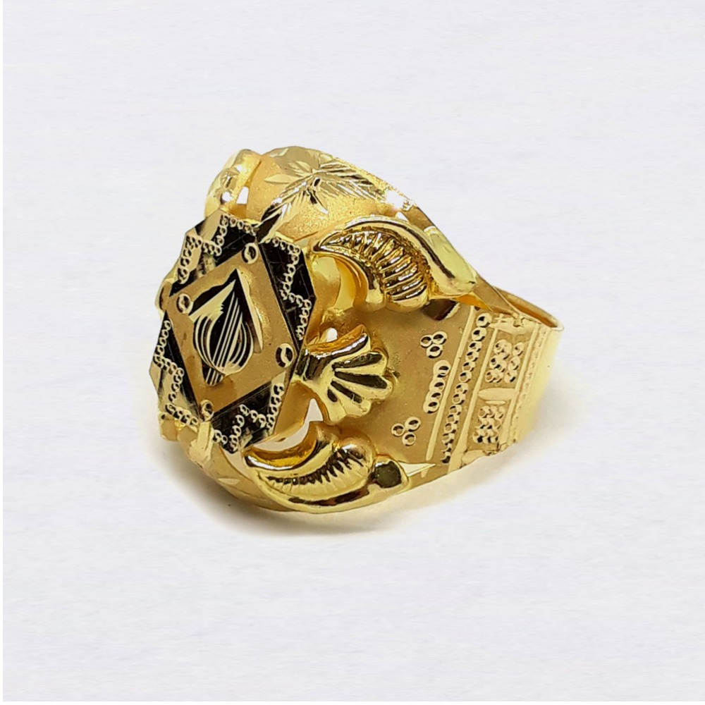 Lightweight Nazrana Gold Ring For Men