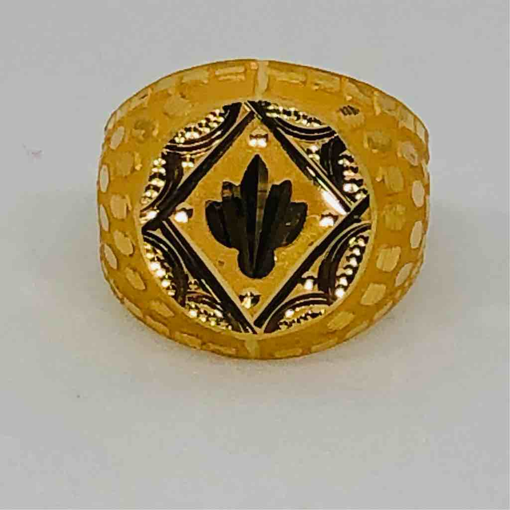plain gold exclusive gents ring