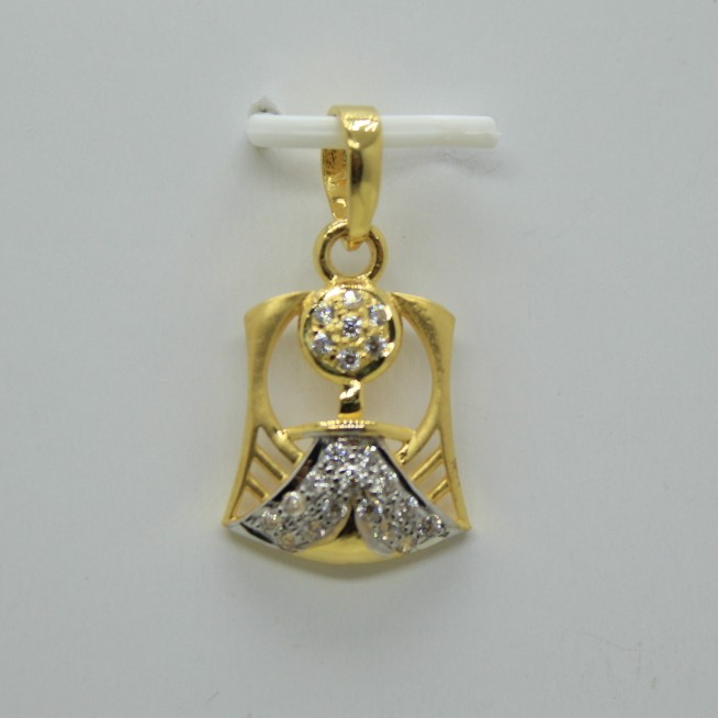 22k fancy chain pendant
