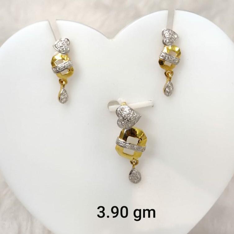 Light weight daily wear Cz pendant set