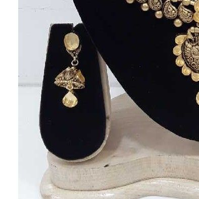 22 Carat Antique Jadtar Bridal Set