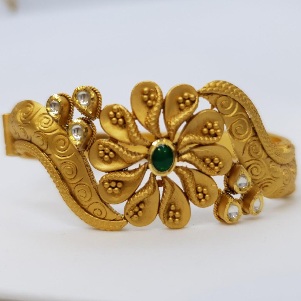 Antique Angreving Jadtar Bracelet