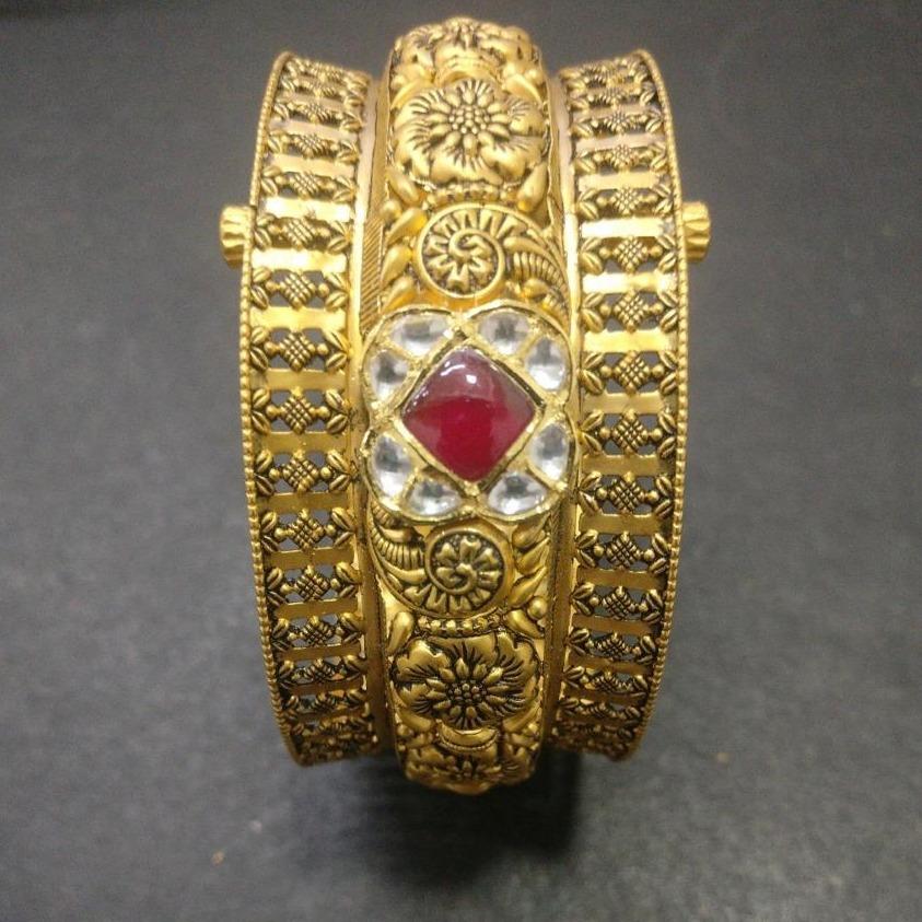 916 Gold Antique Bridal Bangles KG-B002