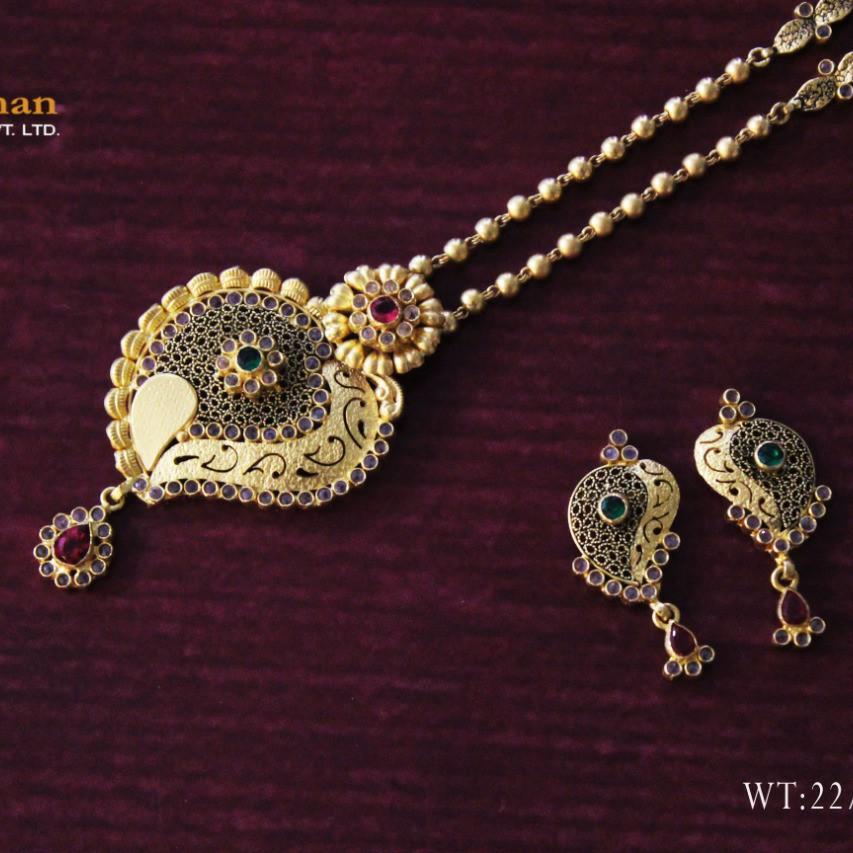 22ct antique chakri dokiya with earrings