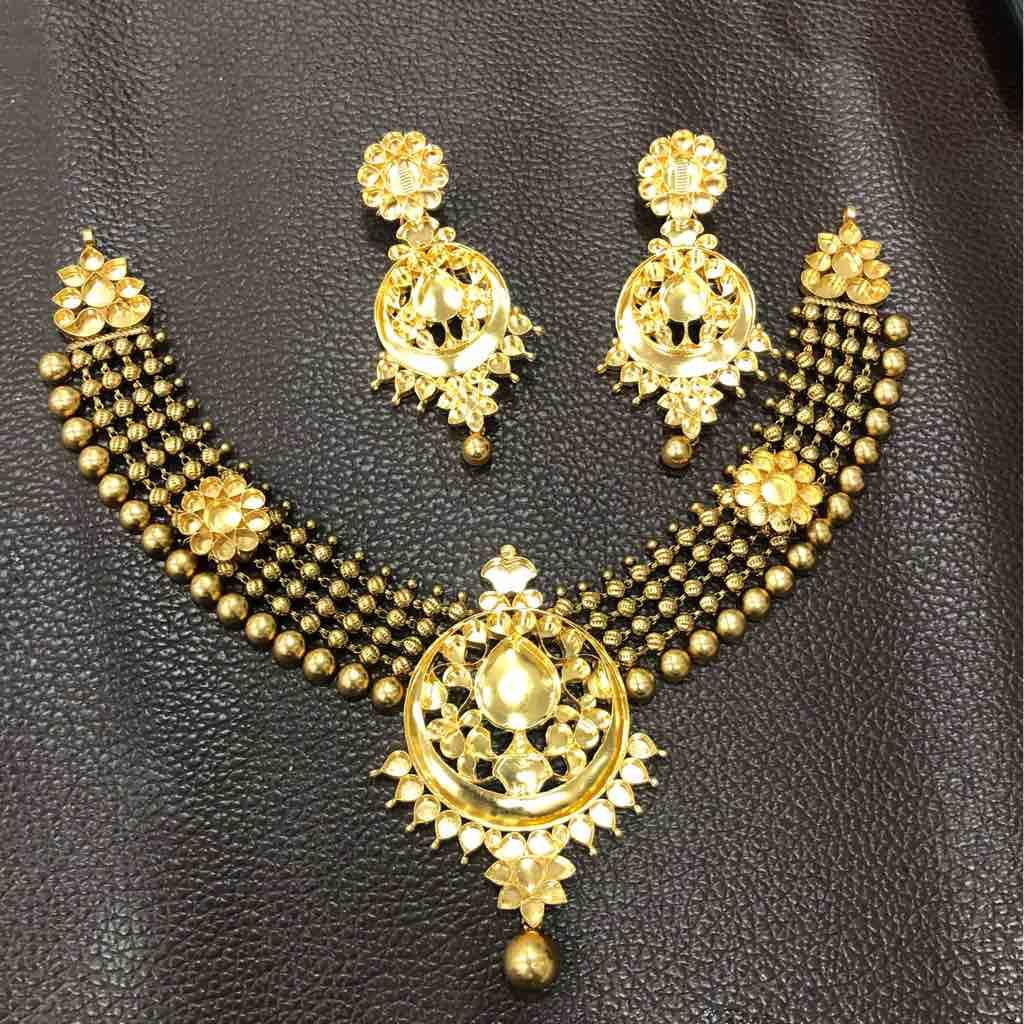 Antique necklace khokha