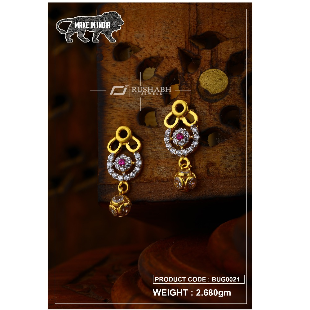 18 carat Gold ladies tops with ball  earrings and red stone bug0021