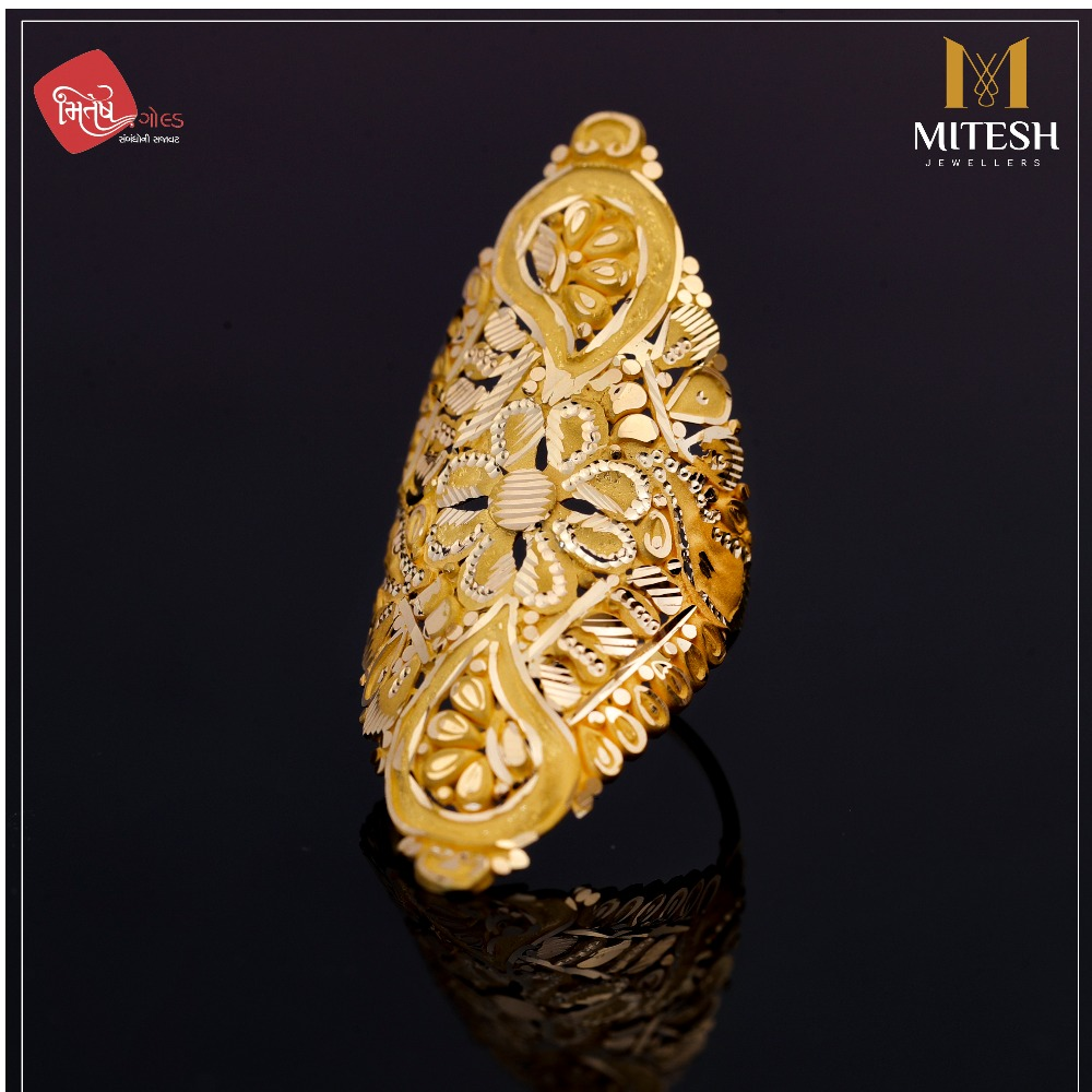 TRADITIONAL LADIES RING