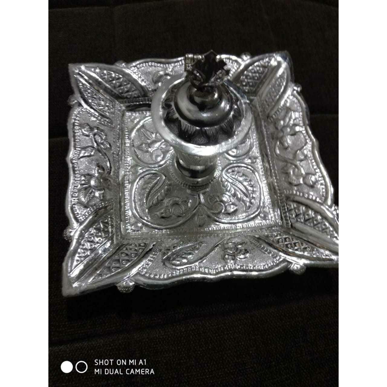 Square Dezine Handmade Cholel Nakshi Kankavati Ms-2620