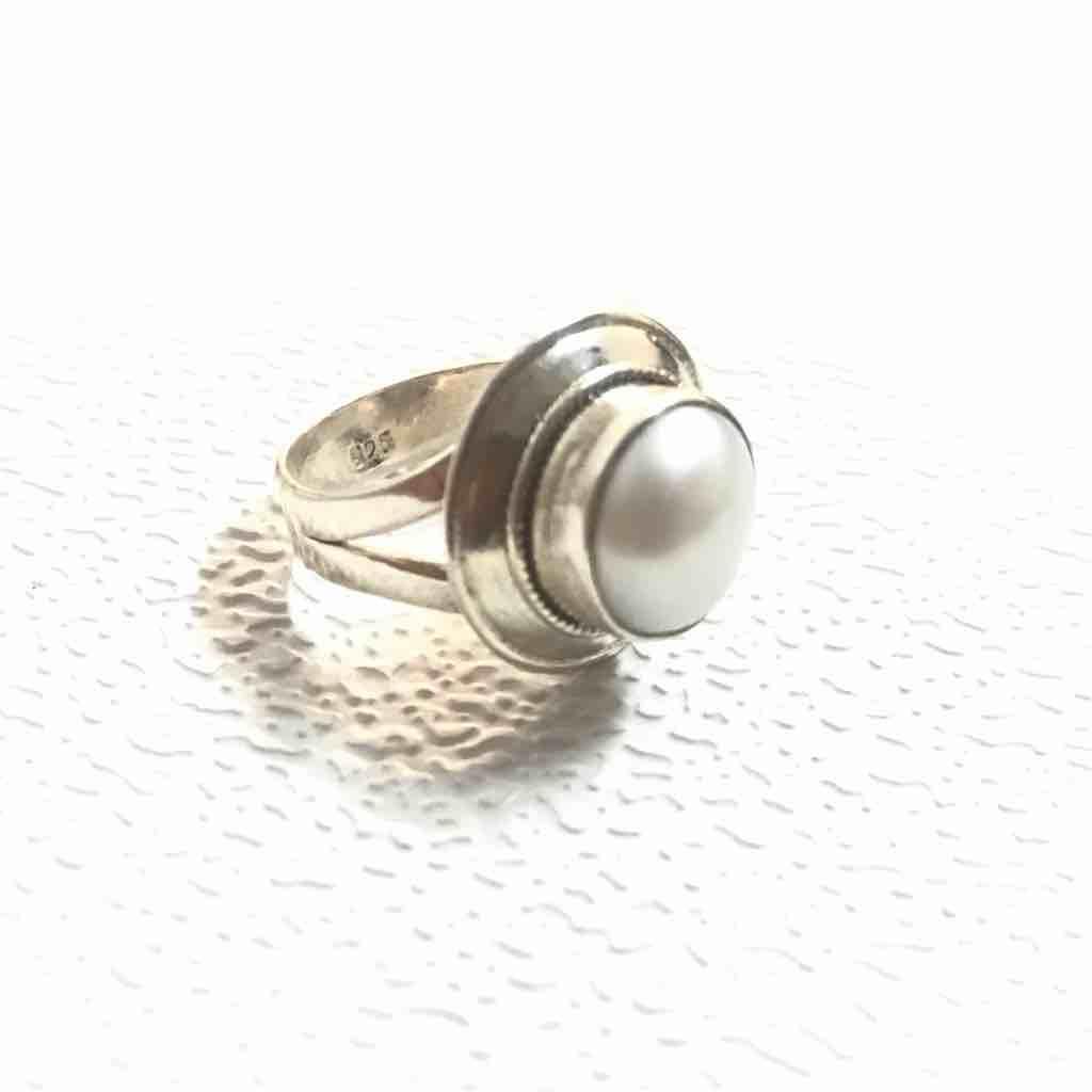 moti (Pearl) ring