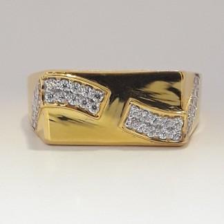 916 cz gold Ring