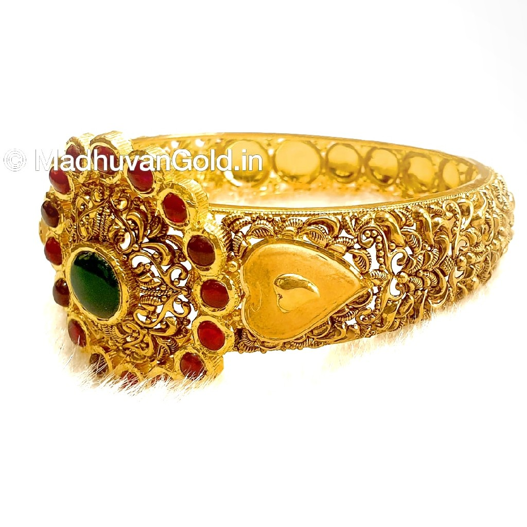 22k Gold Round Shape Antique Kada Bangle MGA - GP066